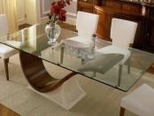 Несколько советов по выбору стеклянного стола